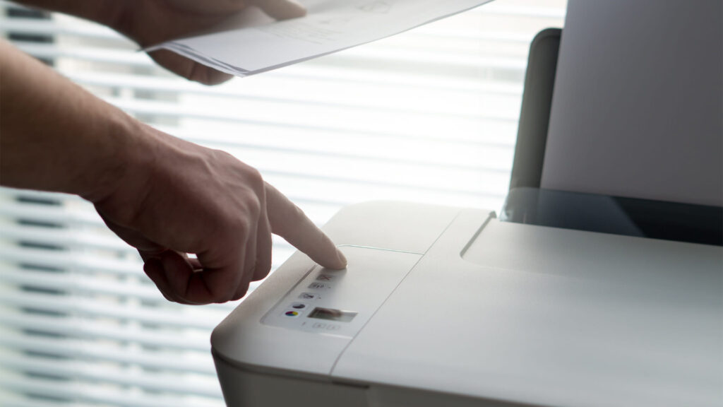 Windows Insurance Bug Could Let Hackers Commandeer Our Printer